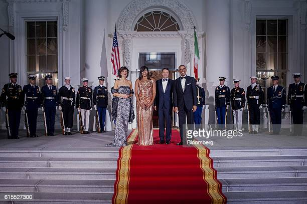 Agnese Landini, from left, U.S. First Lady Michelle Obama, Matteo Renzi, Italy's prime minister, and U.S. President Barack Obama stand on the North...