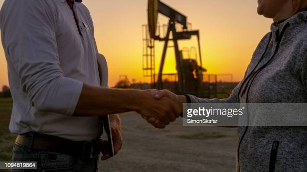 agreement close up - oil field stock pictures, royalty-free photos & images
