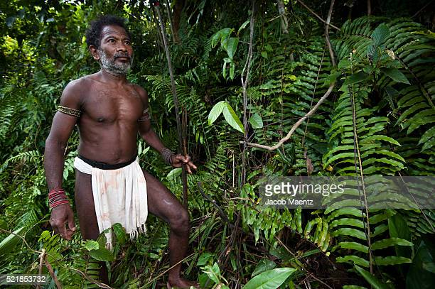 Agta man hunting in the forest