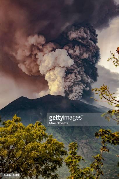 agung eruption nov. 27, 2017 - ash stock photos and pictures
