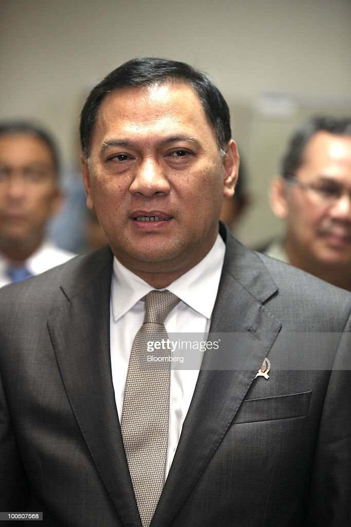 Agus Martowardojo, Indonesia's finance minister, speaks during a news conference at the Finance Ministry in Jakarta, Indonesia, on Tuesday, May 25, 2010. Indonesian President Susilo Bambang Yudhoyono named career banker Martowardojo as finance minister to replace outgoing Sri Mulyani Indrawati on May 20. Photographer: Dimas Ardian/Bloomberg via Getty Images