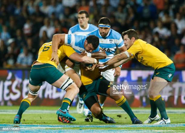 Agustin Creevy of Argentina is tackled by Jack Dempsey of Australia during The Rugby Championship match between Argentina and Australia at Malvinas...