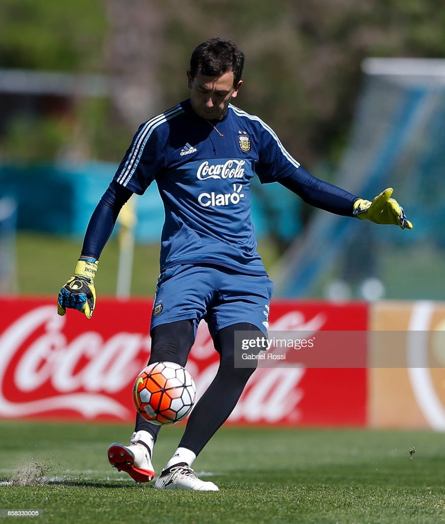 Agustin Marchesin of Argentina kicks the ball during a training session at Argentine Football Association (AFA) 'Julio Humberto Grondona' training camp on October 06, 2017 in Ezeiza, Argentina.