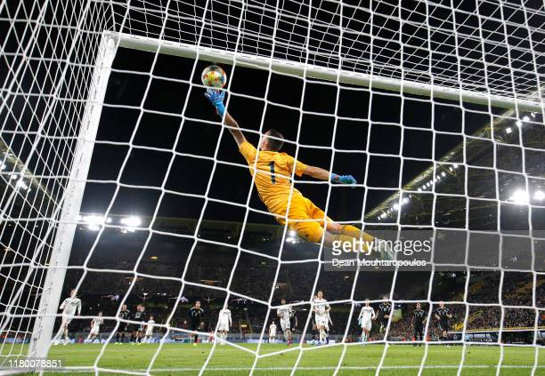 Agustin Marchesin of Argentina makes a save during the International Friendly between Germany and Argentina at Signal Iduna Park on October 09, 2019...