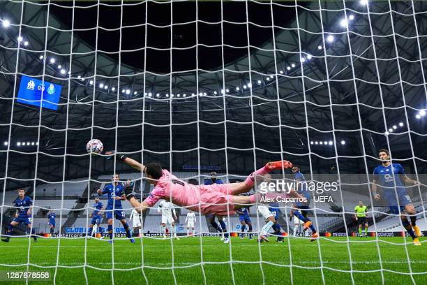 Agustin Marchesin of FC Porto makes a save during the UEFA Champions League Group C stage match between Olympique de Marseille and FC Porto at Stade...