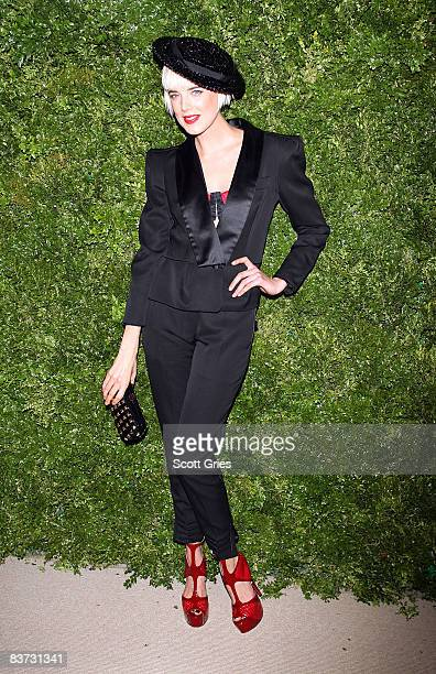 Agyness Deyn attends the 5th Anniversary of the CFDA/Vogue Fashion Fund at Skylight Studios on November 17, 2008 in New York City.