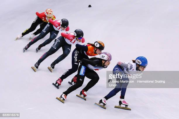 Ah Rum Noh of Korea leads the pack in the Ladies 1500m final during day two of the ISU World Cup Short Track at EnergieVerbund Arena on February 5...