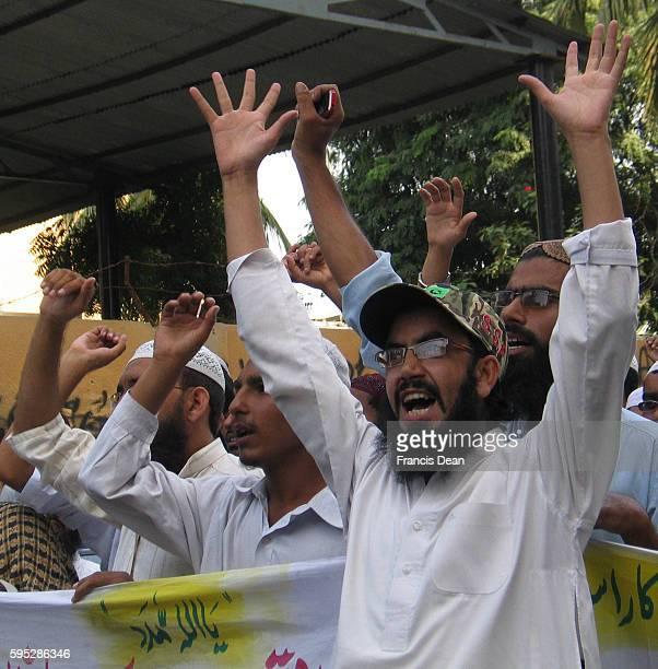 PAKISTAN_KARACHI_ ahle sunnat wal jamaat during protest against usa at outside of karachi press club in karachi oct2011{PHOTO BY ILYAS JDEAN/PAK...