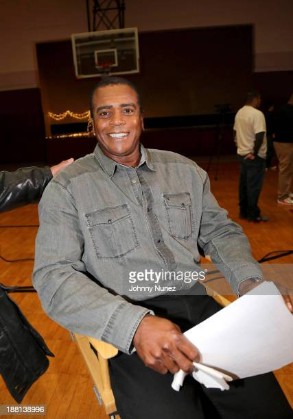 Ahmad Rashad distributes food to the needy at the Madison Square Boys Girls Club on November 15 2013 in New York City