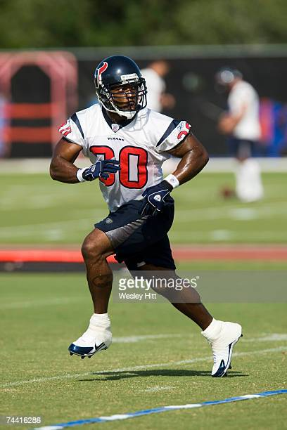 Ahman Green of the Houston Texans runs a pass route during OTA camp at the Texans Methodist Training Center on June 6, 2007 in Houston, Texas.