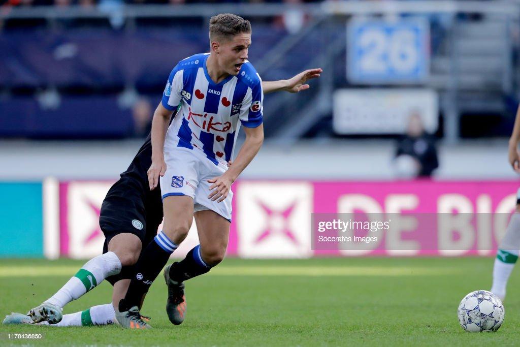 SC Heerenveen v FC Groningen - Dutch Eredivisie : ニュース写真