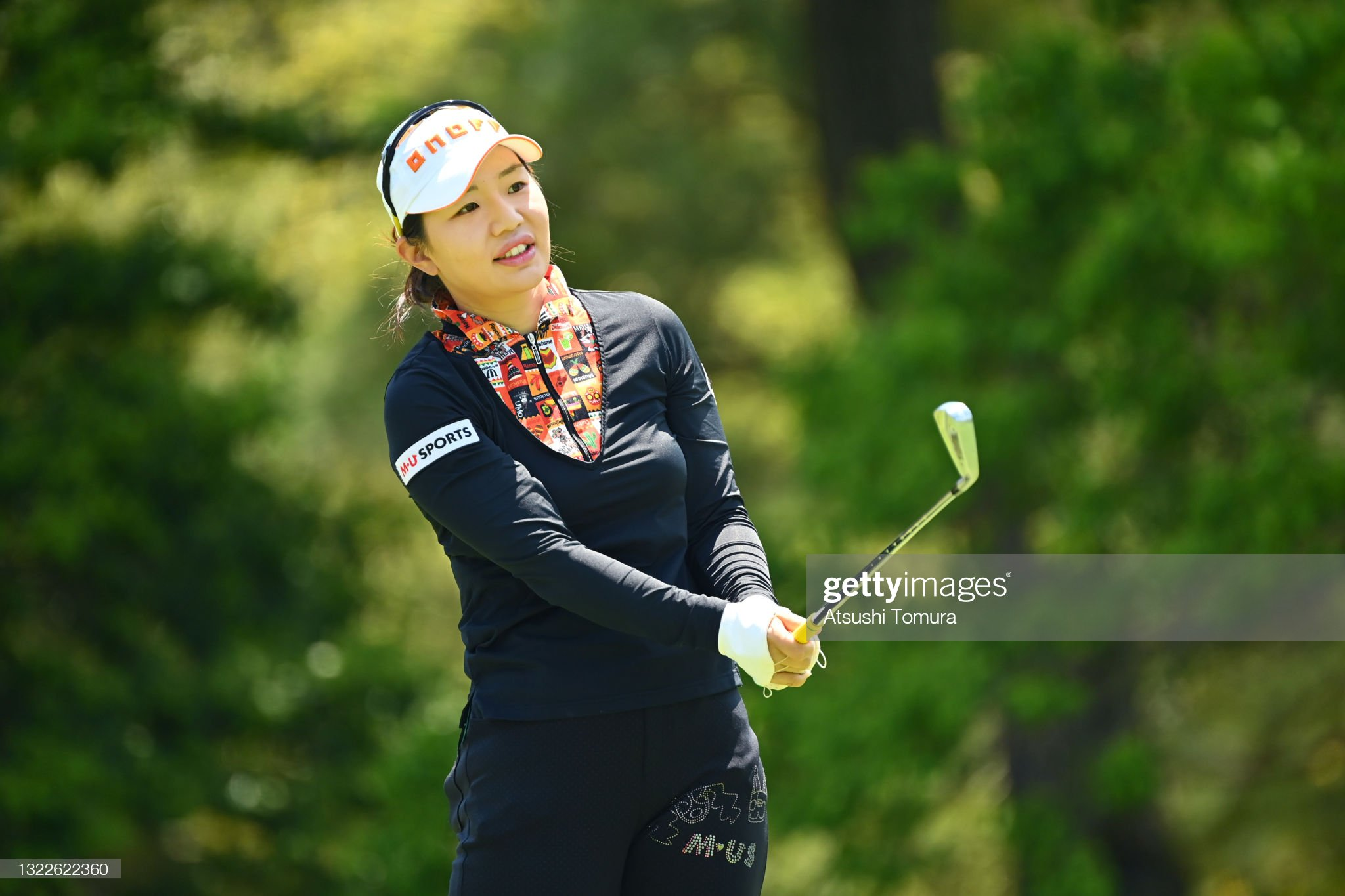 https://media.gettyimages.com/photos/ahreum-hwang-of-south-korea-hits-her-tee-shot-on-the-11th-hole-during-picture-id1322622360?s=2048x2048