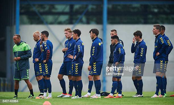 Ahron Thode physical coach of Brondby IF gives instructions to the Brondby IF players during the Brondby IF training session at Brondby Stadion on...