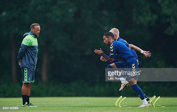 Ahron Thode physical coach of Brondby IF watching David Katz Boysen of Brondby IF during the Brondby IF training session at Brondby Stadion on June...