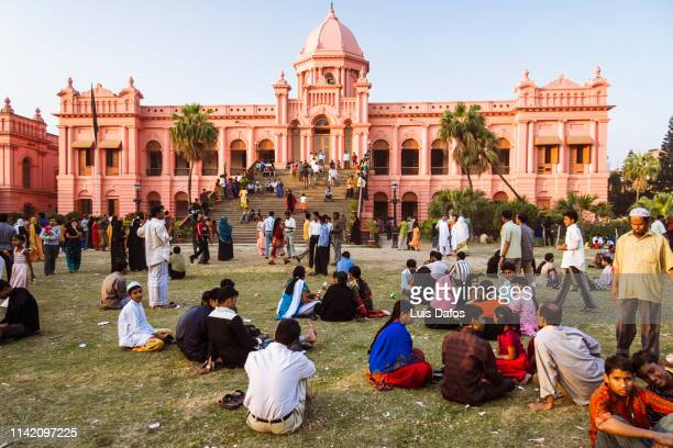 ahsan manzil (pink palace) - dhaka stock pictures, royalty-free photos & images