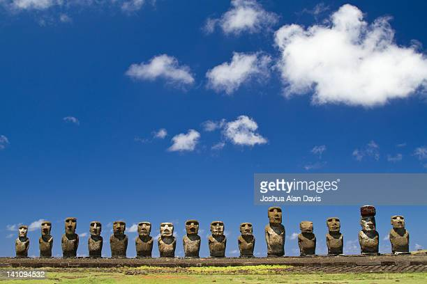ahu raraku - joshua alan davis stock pictures, royalty-free photos & images