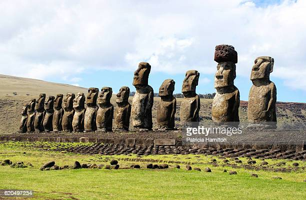 ahu tongariki, easter island, looking east. - easter island stock pictures, royalty-free photos & images