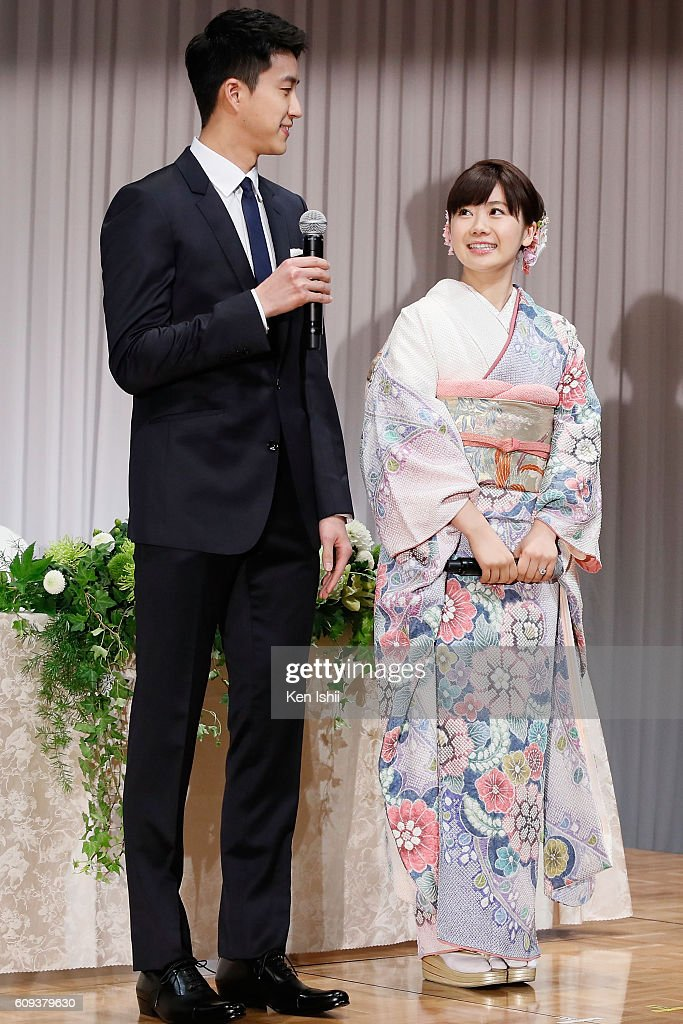 Ai Fukuhara (R) of Japan and Hung-Chieh Chiang of Chinese Taipei attend press conference on September 21, 2016 in Tokyo, Japan. Japanese table tennis player Ai Fukuhara recently married Taiwanese table tennis player Hung-Chieh Chiang.
