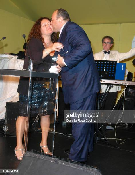 Aida Turturro and James Gandolfini during 'BuildABear Workshop' at Fresh Air Fund Spring Gala 2005 Inside at Tavern on the Green in New York City New...