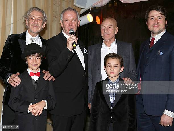 Aidan Gemme Ian McKellen Director Sean Mathias Patrick Stewart Colin Critchley and Colin Ryan attend the No Man's Land Waiting For Godot Opening...