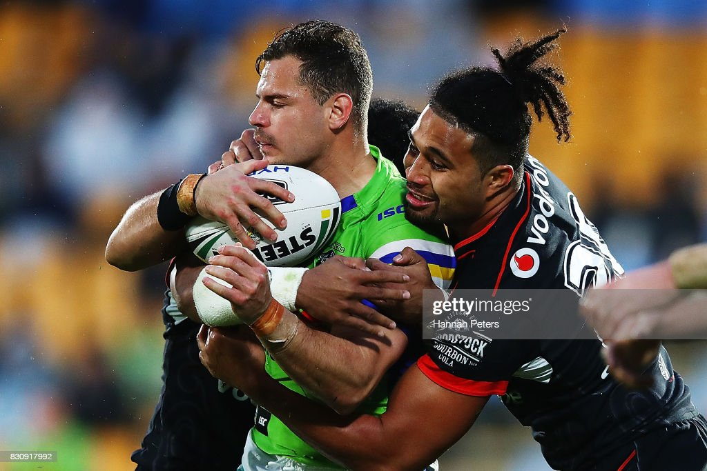 Aidan Sezer of the Raiders charges forward during the round 23 NRL match between the New Zealand Warriors and the Canberra Raiders at Mt Smart Stadium on August 13, 2017 in Auckland, New Zealand.