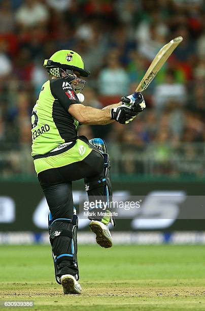 Aiden Blizzard of the Thunder bats during the Big Bash League match between the Sydney Thunder and Melbourne Stars at Spotless Stadium on January 4...