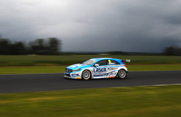 GBR: Kwik Fit British Touring Car Championship - Croft