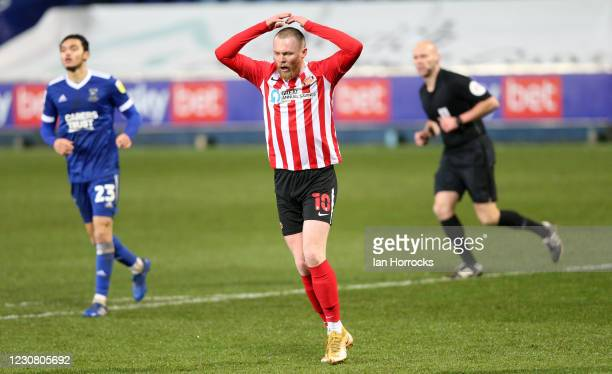 Aiden O'Brien of Sunderland has a shot go wide during the Sky Bet League One match between Ipswich Town and Sunderland at Portman Road on January 26,...