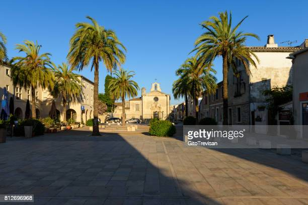 Aigues-Mortes, square with church