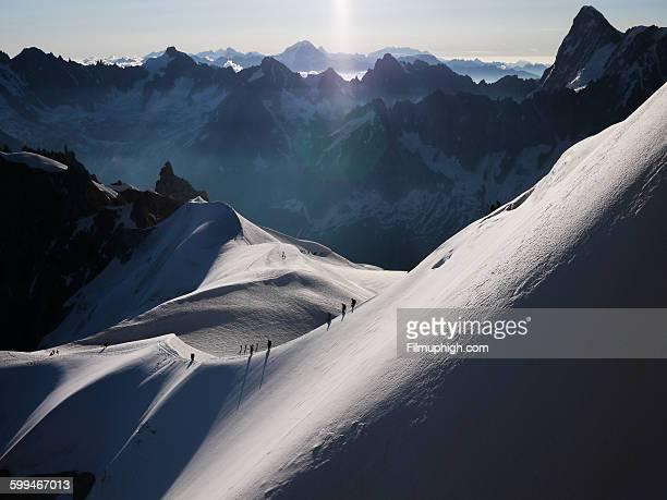 aiguille du midi - valle blanche fotografías e imágenes de stock