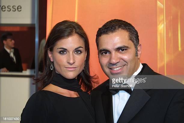 Aiman Abdallah Lebensgefährtin Petra Linke Gala zur Verleihung Deutscher Fernsehpreis 2003 Köln Coloneum Foyer Ankunft Promis Prominenter Prominente