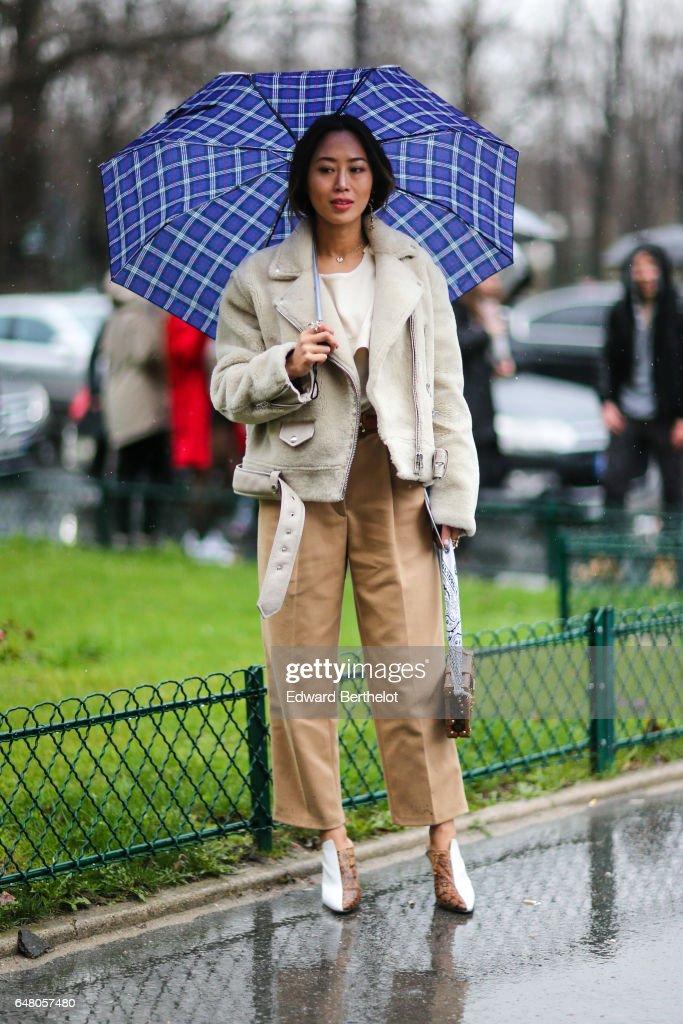 Street Style : Day Five - Paris Fashion Week Womenswear Fall/Winter 2017/2018 : News Photo