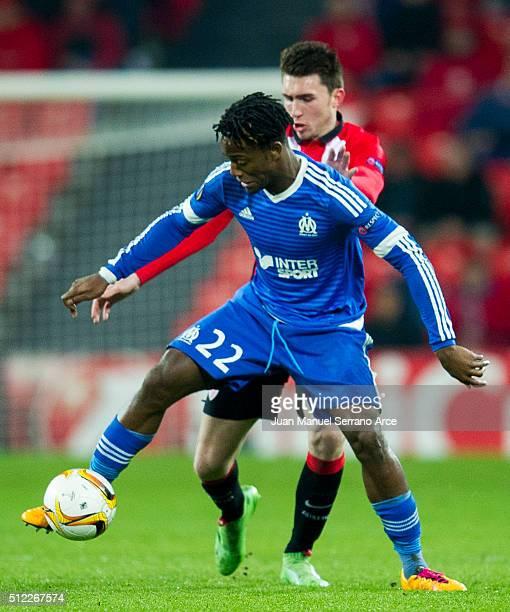 Aimeric Laporte of Athletic Club duels for the ball with Michy Batshuayi of Marseille during the UEFA Europa League Round of 32 Second Leg match...