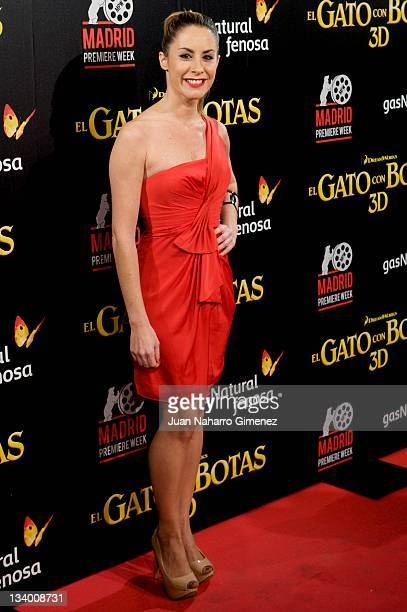 Ainhoa Arbizu attends the Puss in Boots premiere at the Callao cinema on November 23 2011 in Madrid Spain