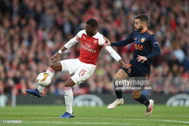 Ainsley MaitlandNiles of Arsenal and Jose Luis Gaya of Valencia during the UEFA Europa League Semi Final First Leg match between Arsenal and Valencia...