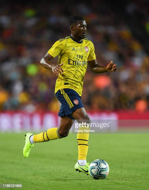 Ainsley MaitlandNiles of Arsenal runs with the ball during the Joan Gamper trophy friendly match between FC Barcelona and Arsenal at Nou Camp on...