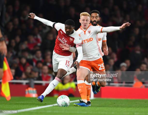 Ainsley MaitlandNiles of Arsenal takes on Callum Guy of Blackpool during the Carabao Cup Fourth Round match between Arsenal and Blackpool at Emirates...