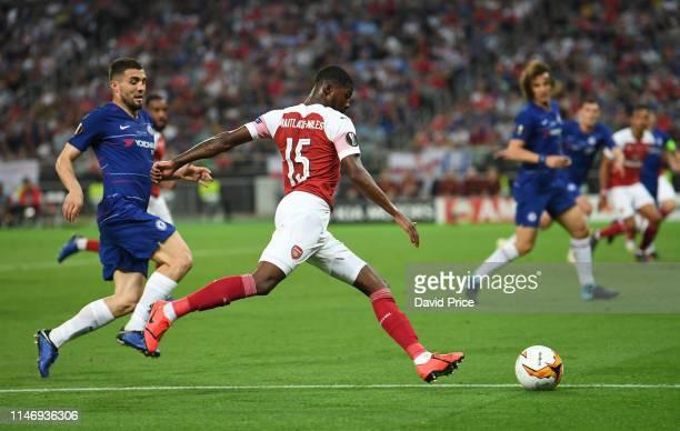 Ainsley MaitlandNiles of Arsenal takes on Mateo Kovacic of Chelsea during the UEFA Europa League Final between Chelsea and Arsenal at Baku Olimpiya...