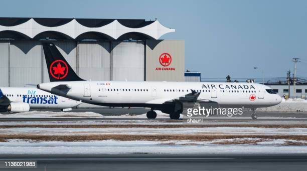air canada airbus a321 - air canada stock pictures, royalty-free photos & images