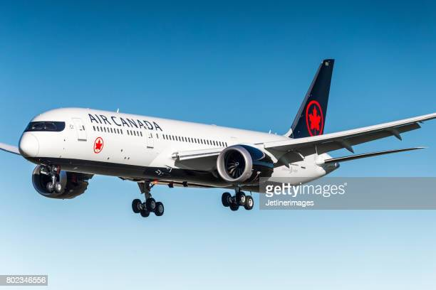 air canada boeing 787 dreamliner - air canada stock pictures, royalty-free photos & images
