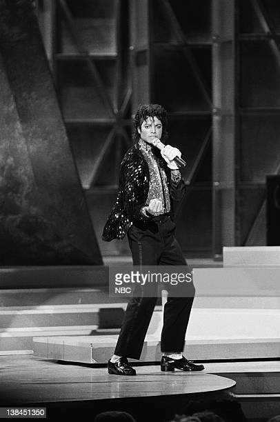 MOTOWN 25 YESTERDAY TODAY FOREVER Air Date Pictured Musician Michael Jackson