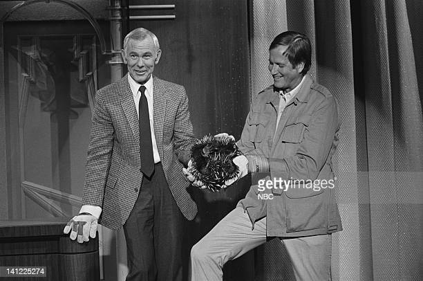 CARSON Air Date Pictured Zoologist Jim Fowler host Johnny Carson with Austrialian spiny echidnas Photo by Ron Tom/NBCU Photo Bank