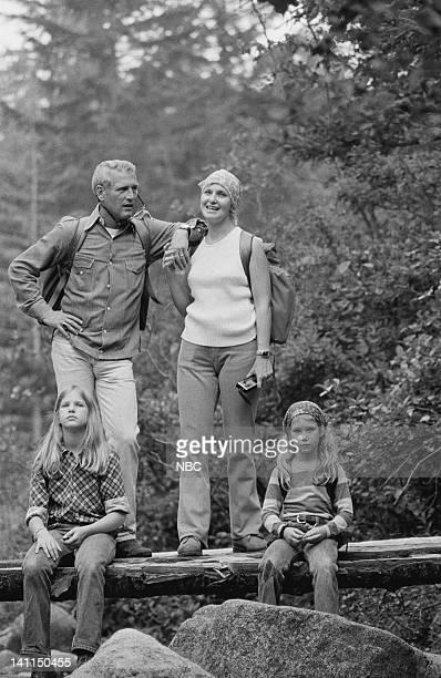PLACES Air Date Pictured Actor Paul Newman wife/actress Joanne Woodward with daughters Melissa 'Lissy' Newman and Claire 'Clea' Newman Photo by NBCU...