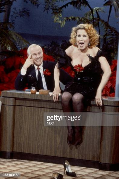 pics with midler cleavage Bette chubby