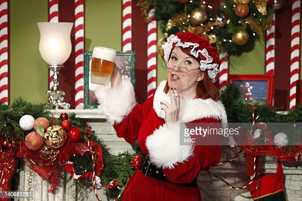 SHOW Air Date Episode 68 Pictured Actress/comedan Kate Flannery as Mrs Clause during a segment on December 21 2009 Photo by Justin Lubin/NBCU Photo...