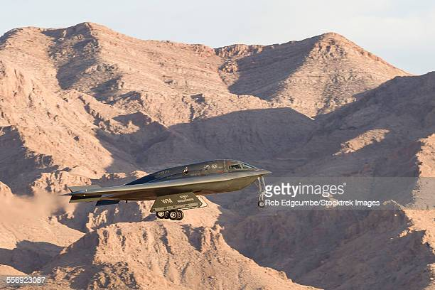 A U.S. Air Force B-2A Spirit on final approach to Nellis Air Force Base, Nevada.