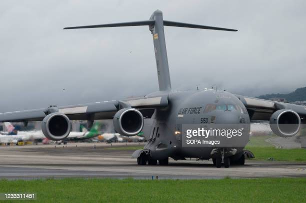 Air Force C-17 Globemaster III transport aircraft landed at Taipei Shongshan Airport. The United States will donate 750,000 COVID-19 vaccine doses to...