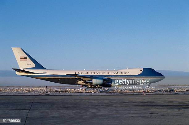 Air Force One on Ottawa Tarmac