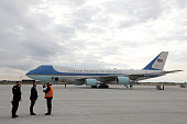 paris france air force one sits