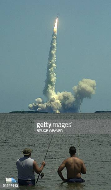 Air Force Titan 4B rocket climbs into the sky 08 May 2000 carrying a USD 250 million Defense Support Program satellite from Cape Canaveral's launch...
